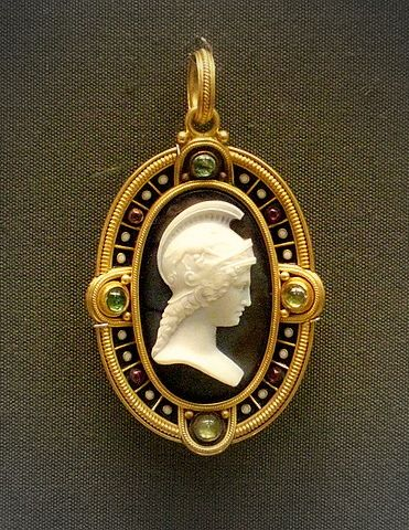 Onyx cameo in gold bezel setting with emeralds and amethysts, British Museum, 1860-70 | Barbara Michelle Jacobs Jewelry