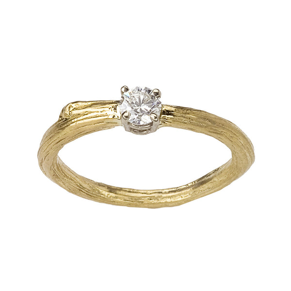 Classic twig engagement ring in 18K recycled gold for the eco-conscious bride.