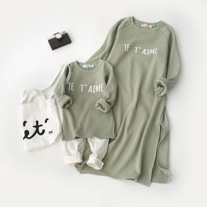 JE T'Aime Family Sweaters - EllMii Boutique