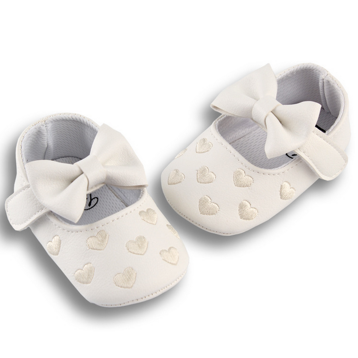White Bow Knot Hearts Pre-walker Shoes