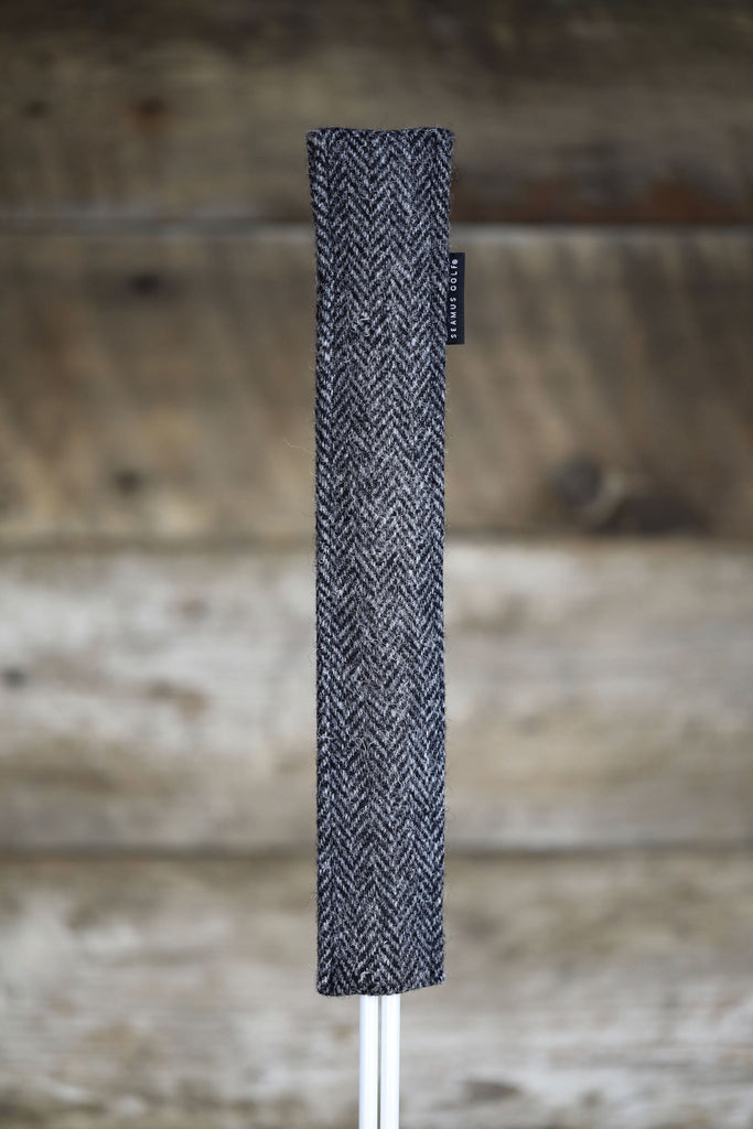 Alignment Stick Cover Charcoal Harris Tweed