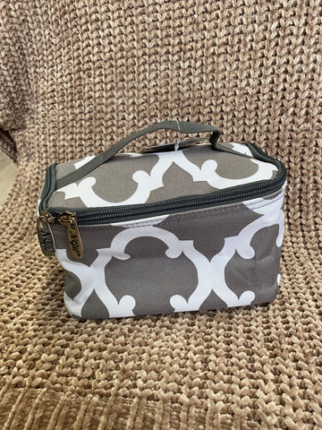 Makeup bag - Gray and white print