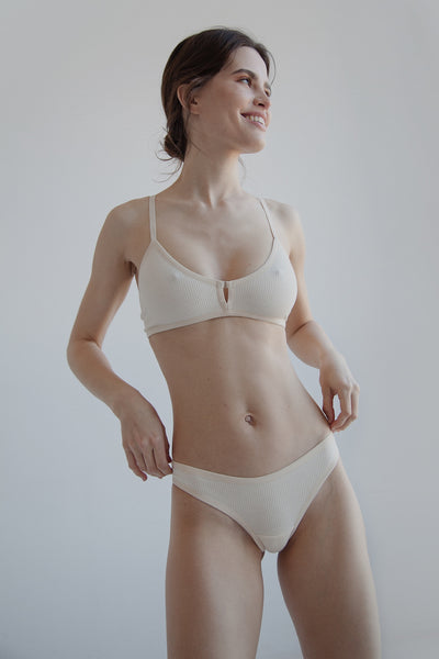 Nude ribbed cotton thong