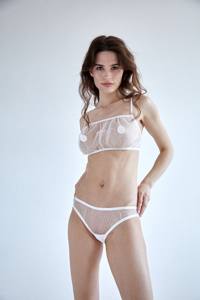 White diamond single layer mesh fluted bikini brief