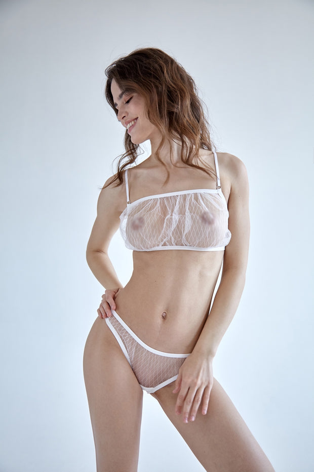 White diamond single layer mesh fluted sheer bralette