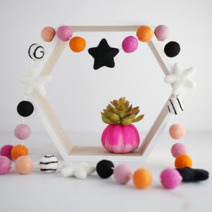 pink and orange halloween garland