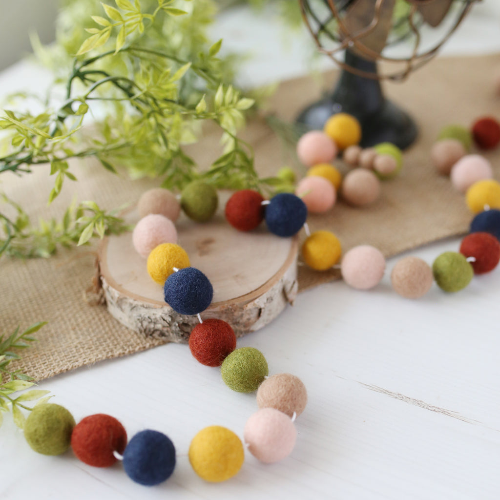 Retro Fall Felt Ball Garland