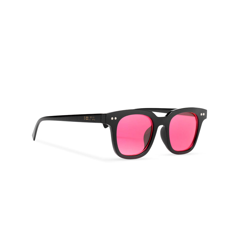 Side of BAHIA sunglasses plastic black frame and red lens Ibiza style