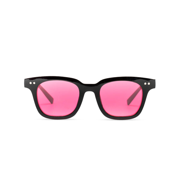 Front of BAHIA sunglasses plastic black frame and red lens Ibiza style