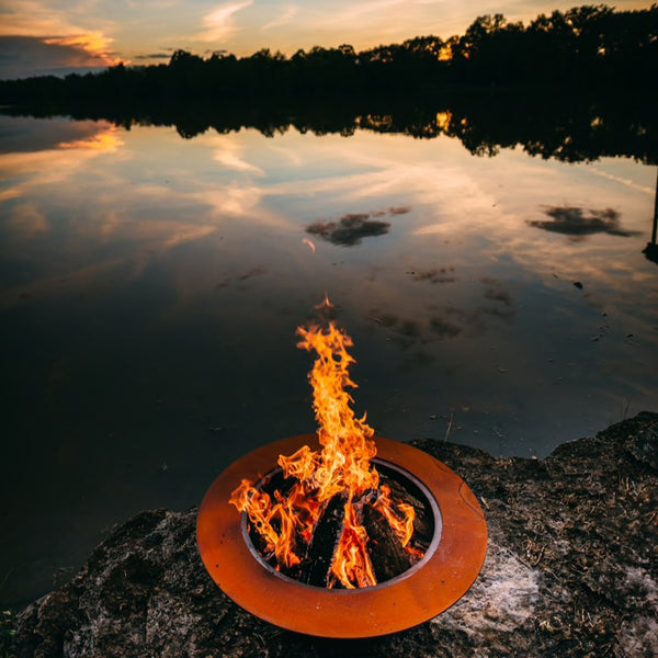 Fire Pits & Tables