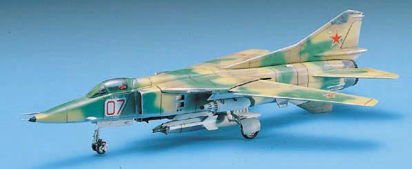 Academy Aircraft 1/72 MiG27 Flogger D Fighter Kit