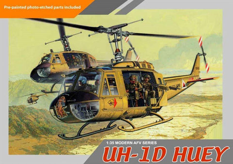 Dragon 1/35 UH1D Huey Helicopter w/4 Crewman Kit