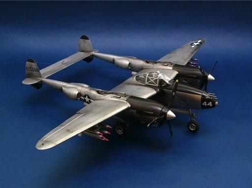 Trumpeter Aircraft 1/32 P38L-5-LO Lightning Fighter Kit