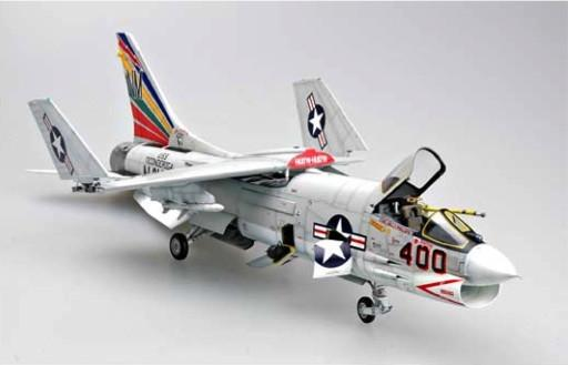 Trumpeter Aircraft 1/32 F8E Crusader Fighter Kit