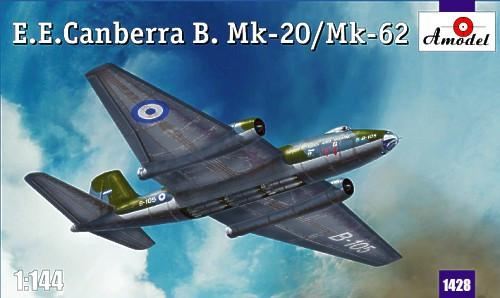 A Model 1/144 EE Canberra B Mk 20/62 Bomber Kit