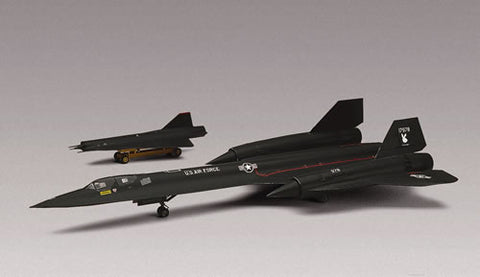 Revell-Monogram Aircraft 1/72 SR71A Blackbird Aircraft Kit