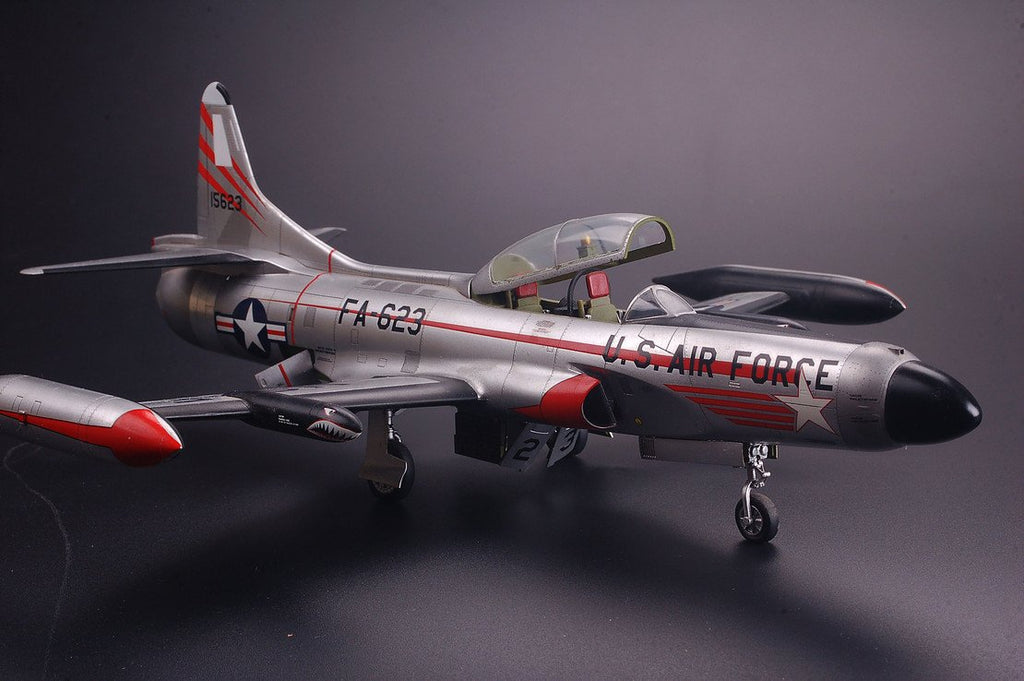 Kitty Hawk 1/48 F94C Starfire USAF Fighter Kit