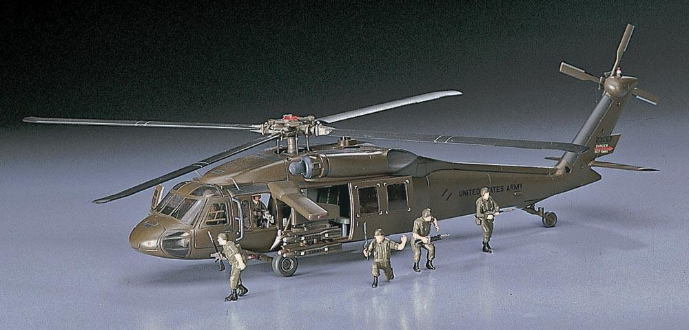 Hasegawa Aircraft 1/72 UH60A Helicopter Kit