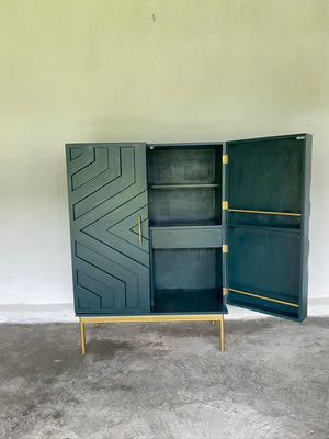 The Simona Cabinet