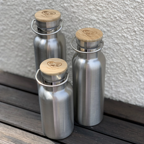 Bamboo Straw Girl - Thermal Stainless Steel Flask with Bamboo Cap 600ml - Everyday Vegan Grocer