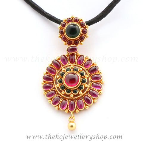 Round shaped Floral motif Kempu stone studded sterling silver necklace shop online