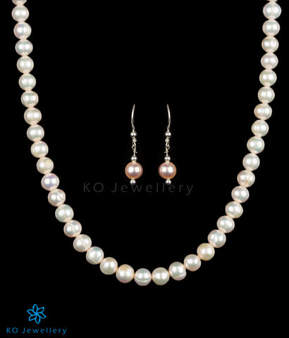 Pearl necklace with long earrings online shopping India