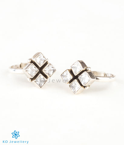 The Anaita Silver Toe-Rings (White)