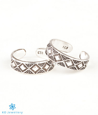 The Varga Silver Toe-Rings