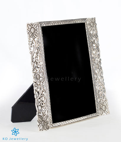 The Flora Sterling Silver Photo Frame