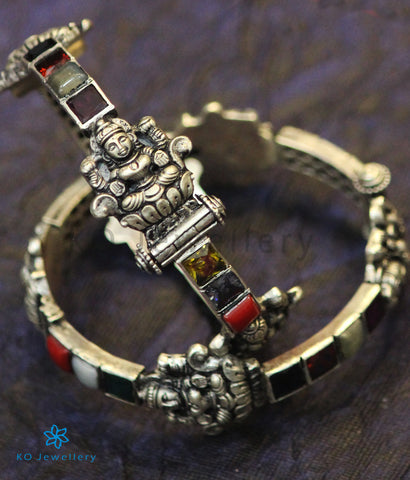 The Shri Silver Navratna Bracelet (Oxidised)