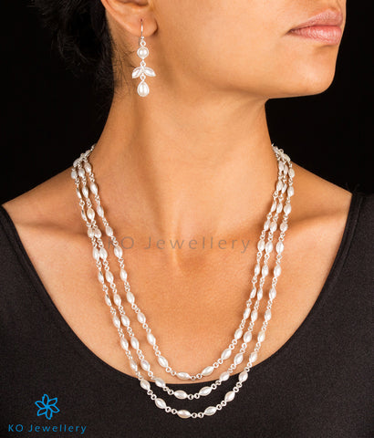 The Kheya Silver Pearl Necklace