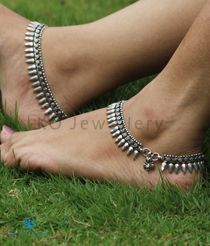 The Navya Silver Bridal Anklets