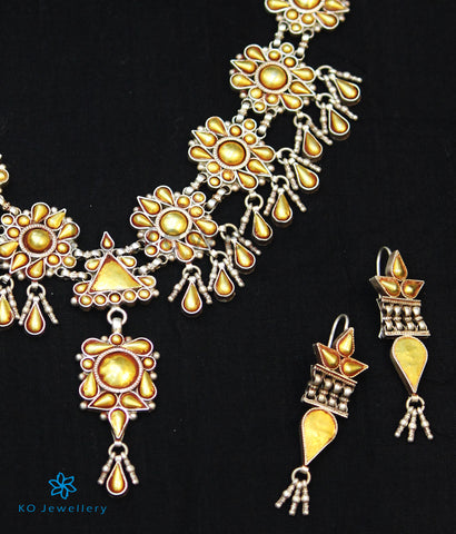 The Akshaya Silver Necklace