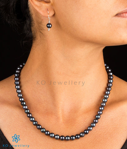 The Labannya Silver Black Pearl Necklace