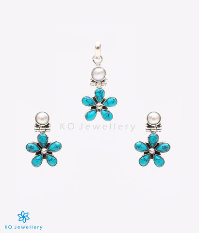 The Ankita Silver Gemstone Pendant Set(Turquoise)