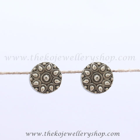 Floral motifs Hand made silver jewellery antique design buy online