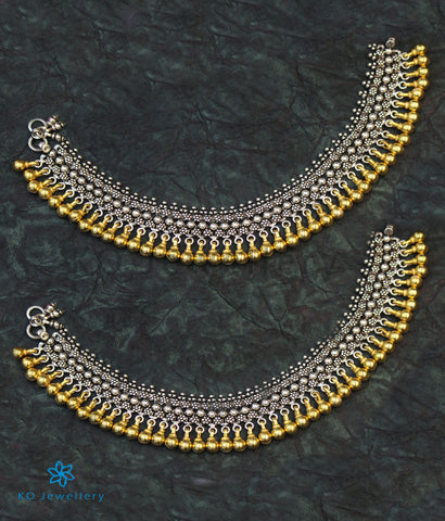The Kamya Silver Bridal Anklets (Two-tone)
