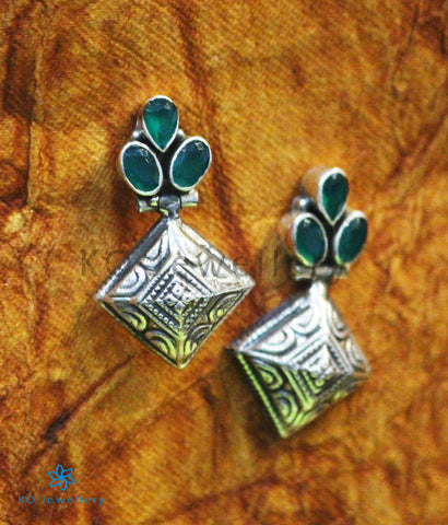 The Rangoli Silver Gemstone Earrings (Green)