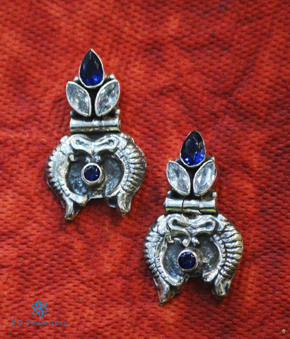 The Dhivara Silver Gemstone Fish Earrings (Blue)