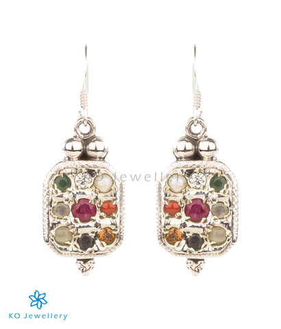 Gorgeous 9-gem earrings – soothing and elegant silver jewellery for work