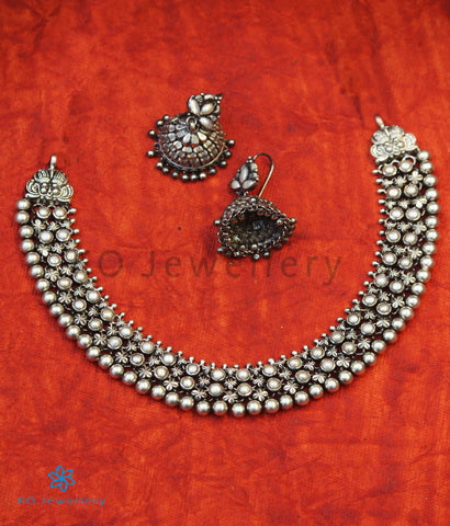 The Adhanika Antique Silver Pearl Necklace (Oxidised)