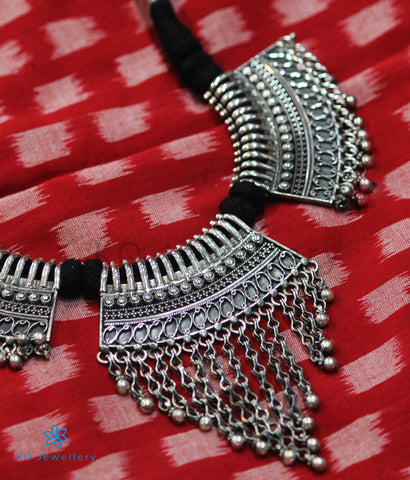 The Matsara Silver Necklace (Black)
