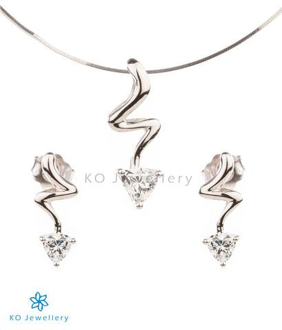The Fiona Silver Pendant Set (White)