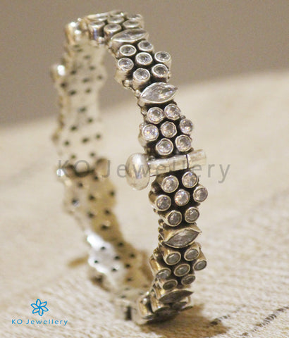 The Yuvan Silver Gemstone Bracelet(White)