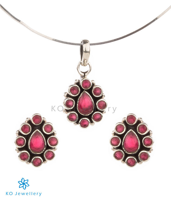 Lightweight, gorgeous red zircon and silver pendant set