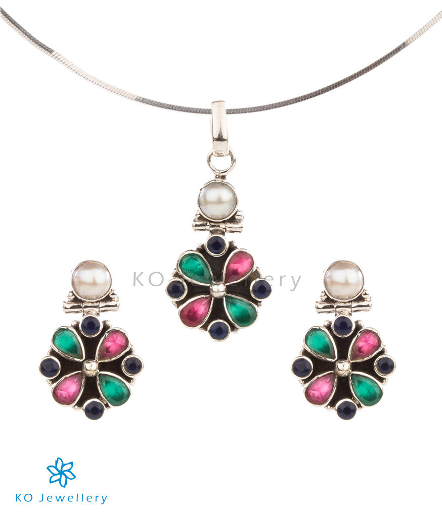 a5cac96339f2d The Isha Silver Pendant Set (Red/Green/Blue)