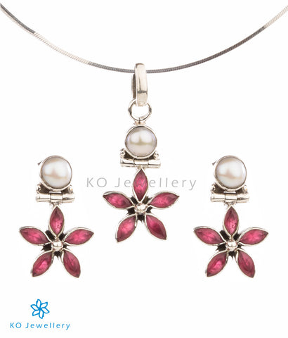 Floral gemstone pendant set for kids