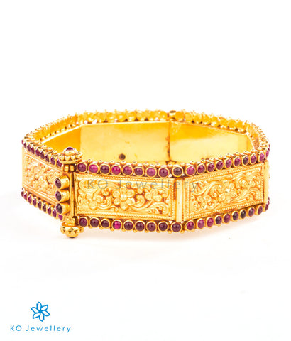 Beautiful south Indian temple jewellery style bangle