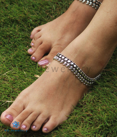 The Kannaki Silver Bridal Anklets