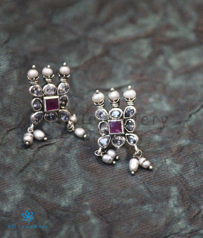 The Medha Silver Kempu Ear-Studs (Red/white)